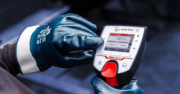 Portable density meter: DMA 35 ex